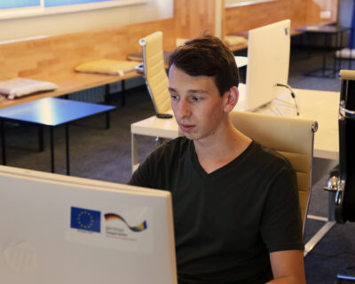 Aleksa Živković učenik Elektrotehničke škole: Cilj mi je da razvijam komercijalni softver